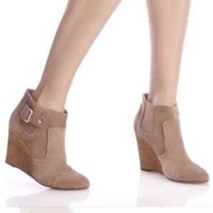 sole society heather tan wedge boot 115